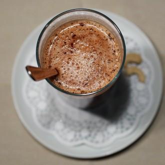 Superfood-Kakao (mit Cashewmilch)